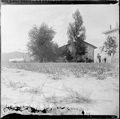 Casa d'abitazione nella piazza di Varano (VA) - 1896