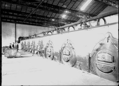 Caldaie della ditta Franco Tosi nell'edificio della nuova filatura del cotonificio Borghi di Varano (VA) - 1903-1904